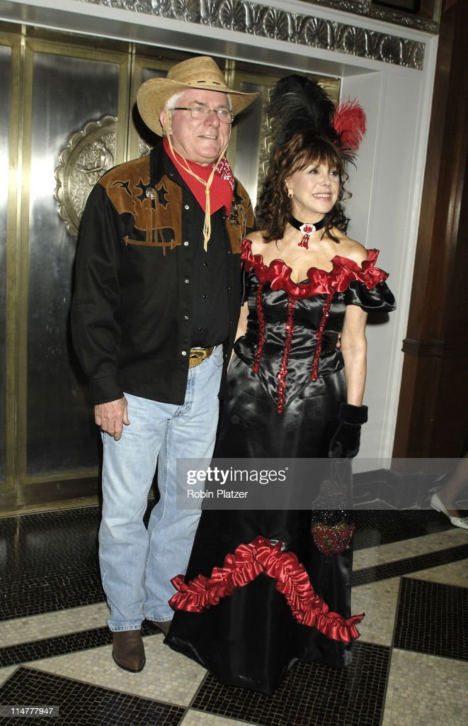 Phil Donahue and wife Marlo Thomas during NYRP's 10th Anniversary Bette Midler's Hulaween Arrivals 31 October 2005 at The Waldorf Astoria Hotel in...