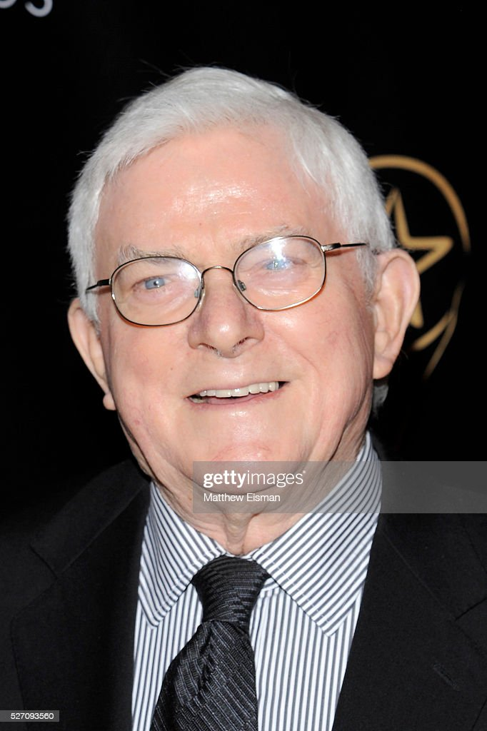 <a gi-track='captionPersonalityLinkClicked' href=/galleries/search?phrase=Phil+Donahue&family=editorial&specificpeople=718153 ng-click='$event.stopPropagation()'>Phil Donahue</a> arrives at the 31st Annual Lucille Lortel Awards at NYU Skirball Center on May 1, 2016 in New York City.