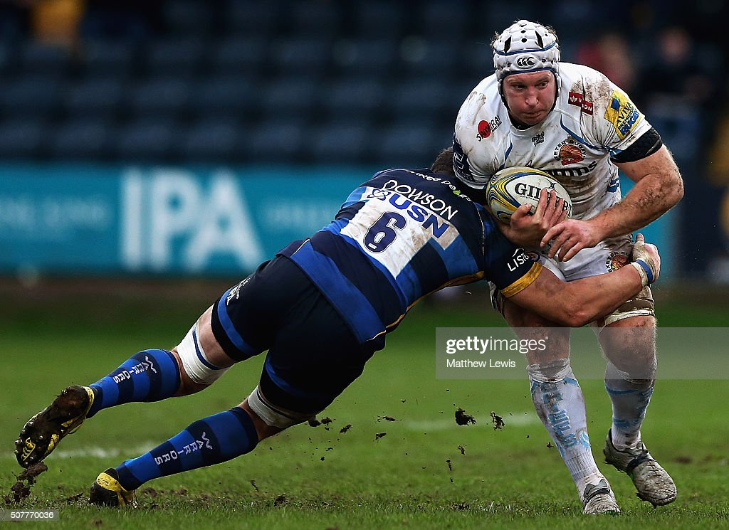 Phil Dowson of Worcester Warriors tackles Thomas Waldrom of Exeter Chiefs during the Aviva Premiership match between Worcester Warriors and Exeter...