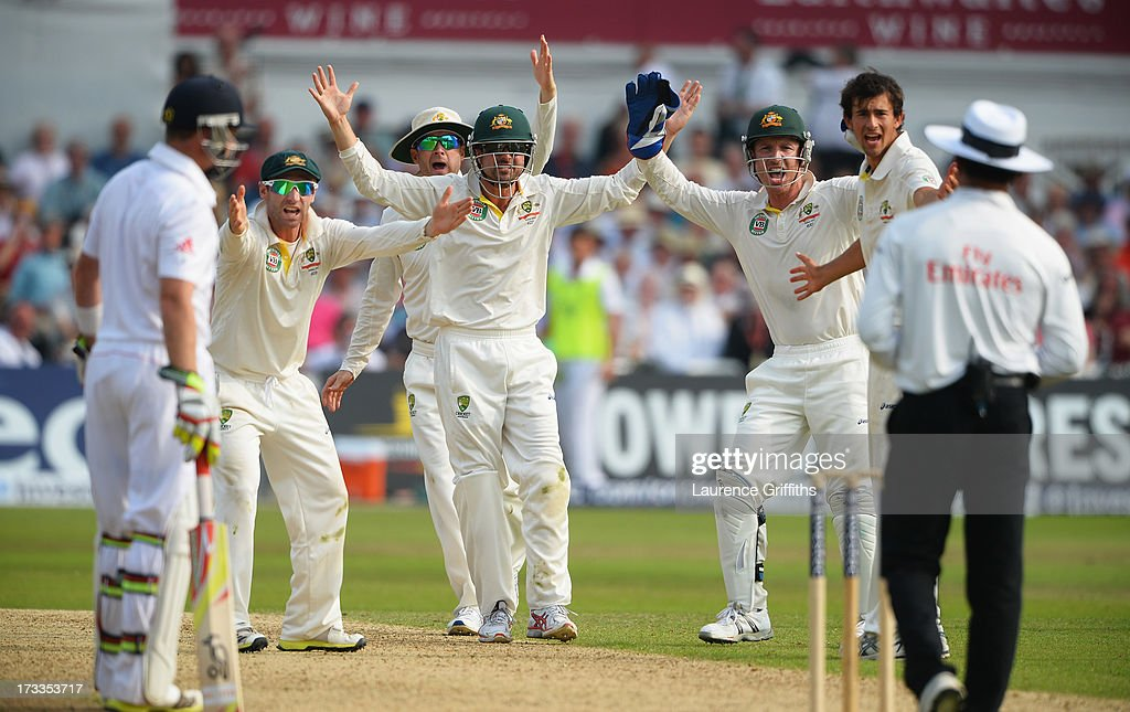 Phil Hughes, Michael Clarke, <a gi-track='captionPersonalityLinkClicked' href=/galleries/search?phrase=Ed+Cowan&family=editorial&specificpeople=2207390 ng-click='$event.stopPropagation()'>Ed Cowan</a>, wicketkeeper <a gi-track='captionPersonalityLinkClicked' href=/galleries/search?phrase=Brad+Haddin&family=editorial&specificpeople=193800 ng-click='$event.stopPropagation()'>Brad Haddin</a> and <a gi-track='captionPersonalityLinkClicked' href=/galleries/search?phrase=Ashton+Agar&family=editorial&specificpeople=9101391 ng-click='$event.stopPropagation()'>Ashton Agar</a> of Australia appeal unsuccessfully for the wicket of Stuart Broad of England during day three of the 1st Investec Ashes Test match between England and Australia at Trent Bridge Cricket Ground on July 12, 2013 in Nottingham, England.