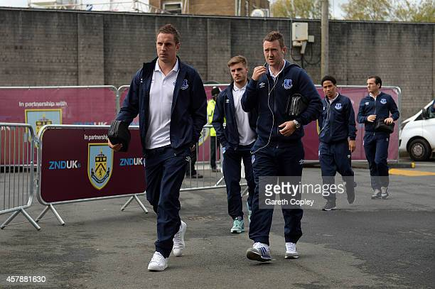 Phil Jagielka and Aidan McGeady of Everton arrive at the stadium before the Premier League match between Burnley and Everton at Turf Moor on October...