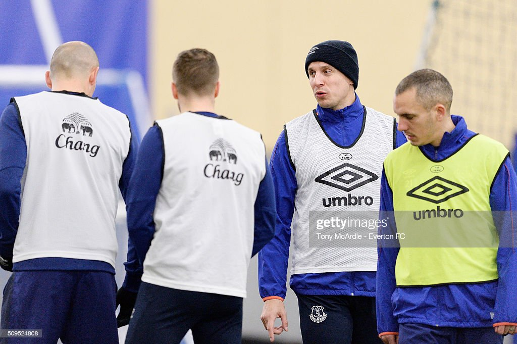 Phil Jagielka and team mates during the Everton training session at Finch Farm on February 11, 2016 in Halewood, England.