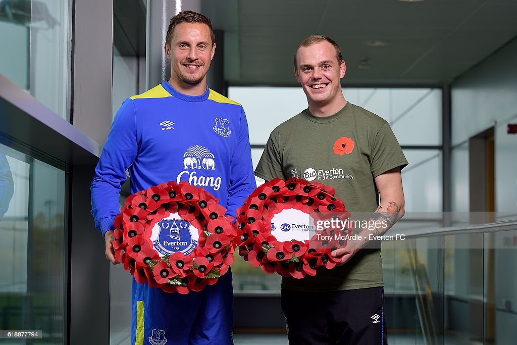 Phil Jagielka (L) attends an Everton In The Community event at Finch Farm on October 28, 2016 in Halewood, England.