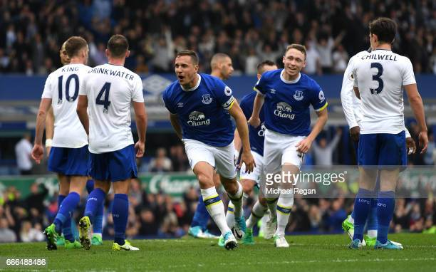 Phil Jagielka of Everton celebrates scoring his team's third goal during the Premier League match between Everton and Leicester City at Goodison Park...