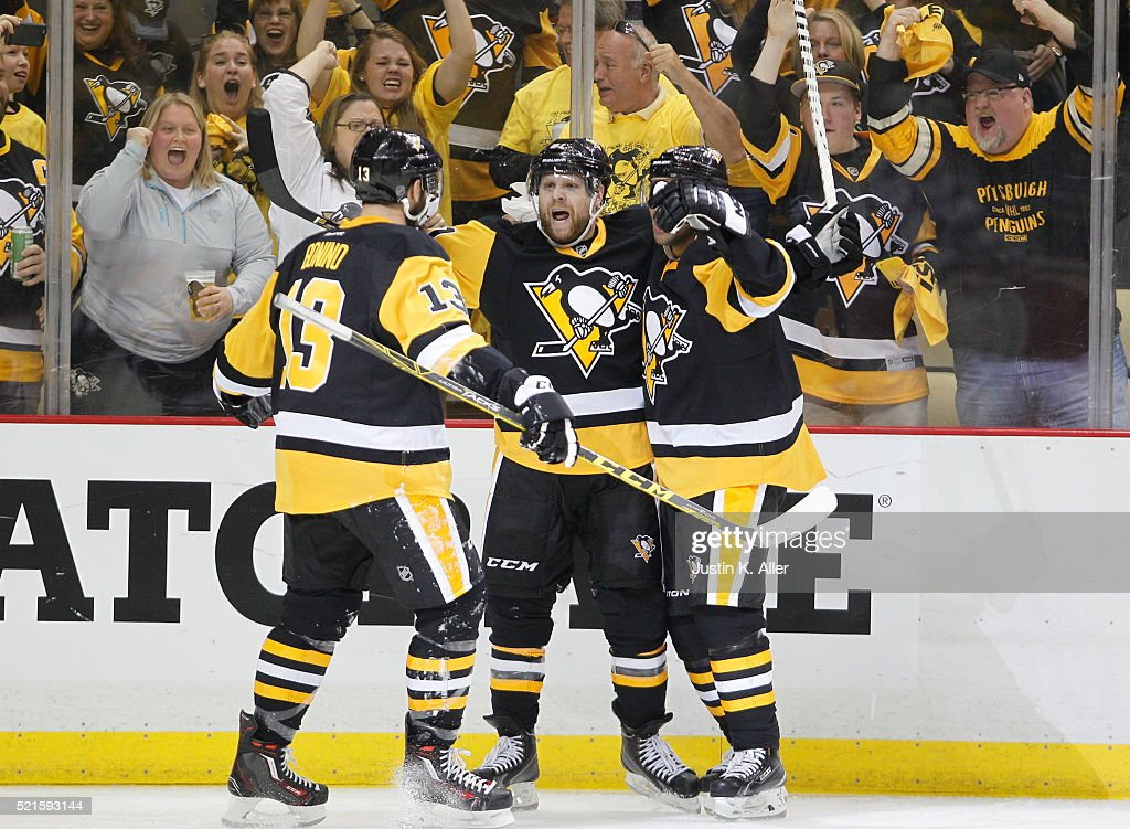 <a gi-track='captionPersonalityLinkClicked' href=/galleries/search?phrase=Phil+Kessel&family=editorial&specificpeople=537794 ng-click='$event.stopPropagation()'>Phil Kessel</a> #81 of the Pittsburgh Penguins celebrates after scoring in the second period in Game Two of the Eastern Conference Quarterfinals against the New York Rangers during the 2016 NHL Stanley Cup Playoffs at Consol Energy Center on April 16, 2016 in Pittsburgh, Pennsylvania.