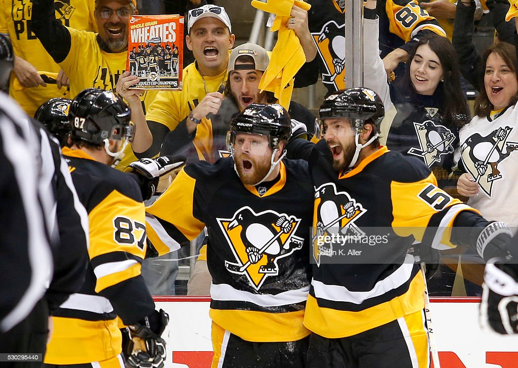 <a gi-track='captionPersonalityLinkClicked' href=/galleries/search?phrase=Phil+Kessel&family=editorial&specificpeople=537794 ng-click='$event.stopPropagation()'>Phil Kessel</a> #81 of the Pittsburgh Penguins celebrates his second period goal against the Washington Capitals in Game Six of the Eastern Conference Second Round during the 2016 NHL Stanley Cup Playoffs at Consol Energy Center on May 10, 2016 in Pittsburgh, Pennsylvania.