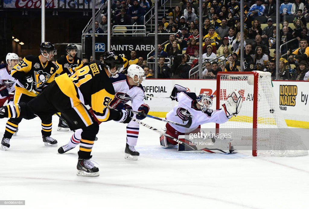 Phil Kessel #81 of the Pittsburgh Penguins puts the game winning goal past Sergei Bobrovsky #72 of the Columbus Blue Jackets at PPG PAINTS Arena on February 3, 2017 in Pittsburgh, Pennsylvania.