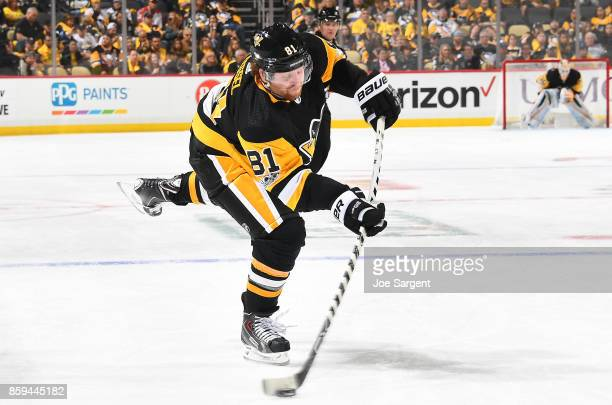 Phil Kessel of the Pittsburgh Penguins takes a shot against the St Louis Blues at PPG Paints Arena on October 4 2017 in Pittsburgh Pennsylvania