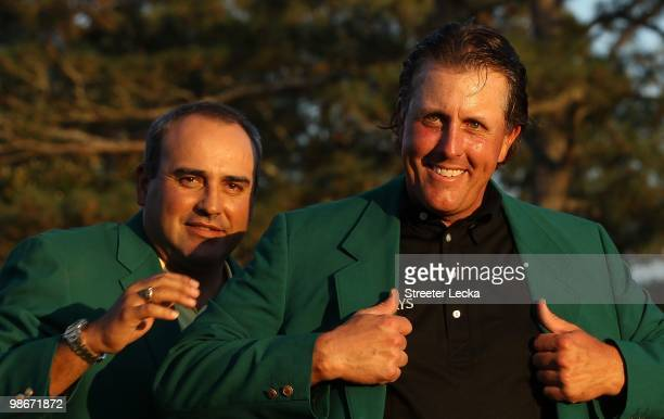 Phil Mickelson and Angel Cabrera during the final round of the 2010 Masters Tournament at Augusta National Golf Club on April 11 2010 in Augusta...