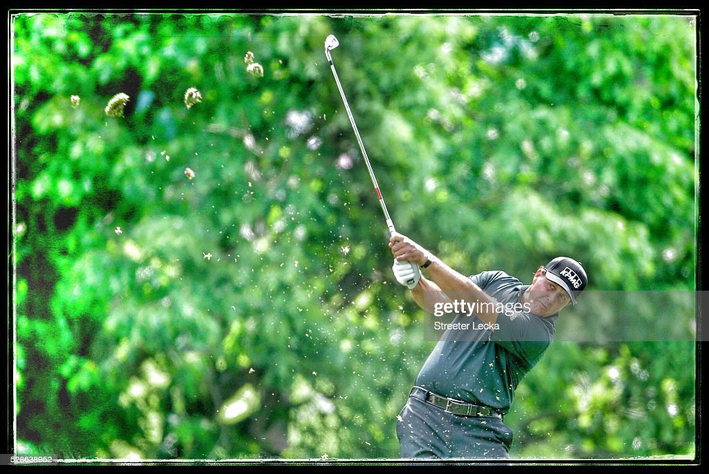 <a gi-track='captionPersonalityLinkClicked' href=/galleries/search?phrase=Phil+Mickelson&family=editorial&specificpeople=157543 ng-click='$event.stopPropagation()'>Phil Mickelson</a> hits a shot on the fourth hole during the second round of the 2016 Wells Fargo Championship at Quail Hollow Club on May 6, 2016 in Charlotte, North Carolina.