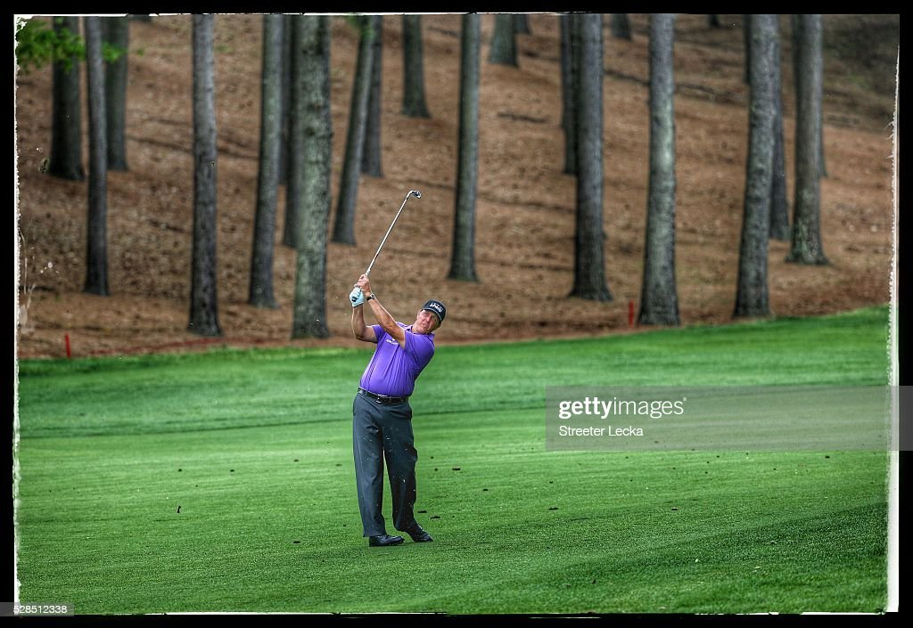Phil Mickelson hits a shot on the third hole during the first round of the 2016 Wells Fargo Championship at Quail Hollow Club on May 5, 2016 in Charlotte, North Carolina.
