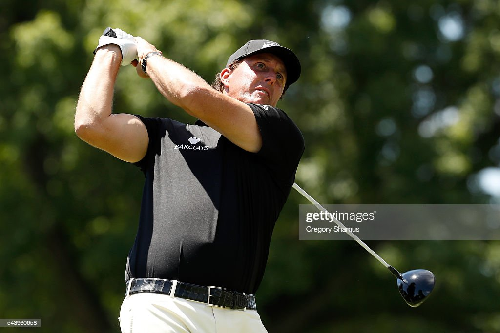<a gi-track='captionPersonalityLinkClicked' href=/galleries/search?phrase=Phil+Mickelson&family=editorial&specificpeople=157543 ng-click='$event.stopPropagation()'>Phil Mickelson</a> hits off the third tee during the first round of the World Golf Championships - Bridgestone Invitational at Firestone Country Club South Course on June 30, 2016 in Akron, Ohio.