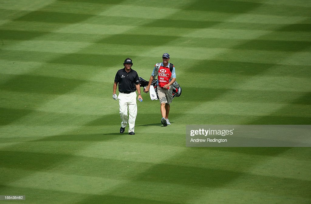 <a gi-track='captionPersonalityLinkClicked' href=/galleries/search?phrase=Phil+Mickelson&family=editorial&specificpeople=157543 ng-click='$event.stopPropagation()'>Phil Mickelson</a> of the USA in action during the final round of the WGC HSBC Champions at the Mission Hills Resort on November 4, 2012 in Shenzhen, China.