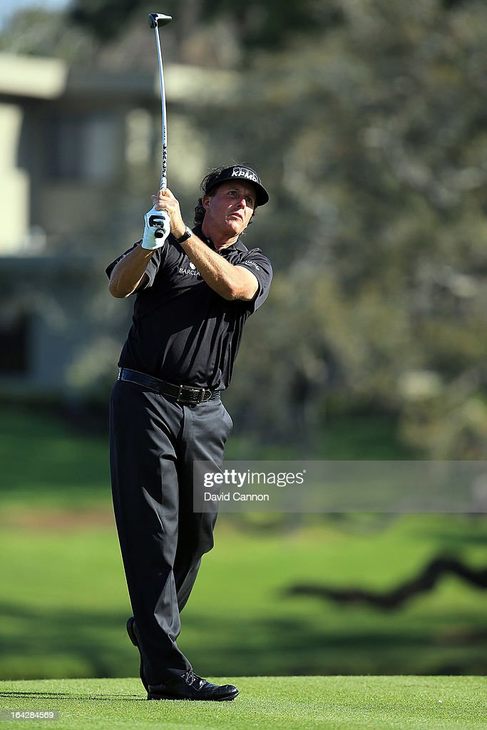 Phil Mickelson of the USA plays his tee shot at the par 5, 16th hole during the second round of the 2013 Arnold Palmer Invitational Presented by Mastercard at Bay Hill Golf and Country Club on March 22, 2013 in Orlando, Florida.