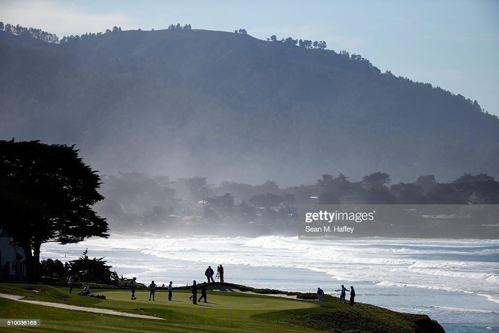 <a gi-track='captionPersonalityLinkClicked' href=/galleries/search?phrase=Phil+Mickelson&family=editorial&specificpeople=157543 ng-click='$event.stopPropagation()'>Phil Mickelson</a> putts on the 10th green during round three of the AT&T Pebble Beach National Pro-Am at the Pebble Beach Golf Links on February 13, 2016 in Pebble Beach, California.