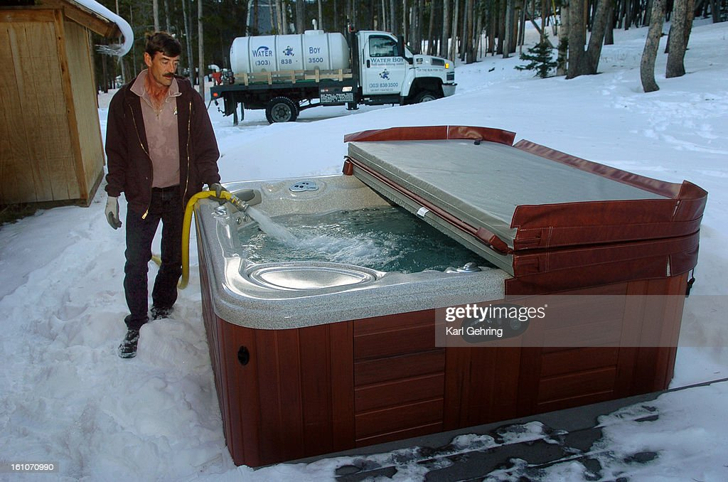 BRECKENRIDGE    Phil Morse Filled An Outdoor Jacuzzi In Breckenridge With  More Than 350 Gallons