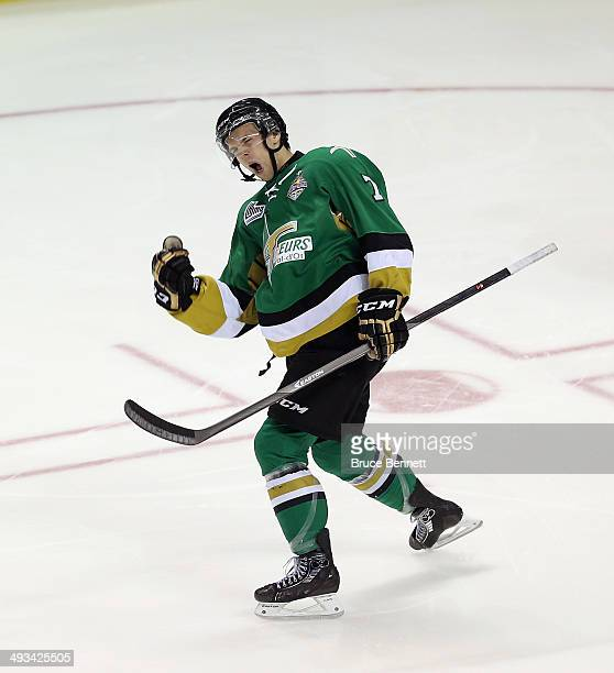 Phil Pietroniro of the Vald'Or Foreurs celebrates his goal at 149 of the first period against the Edmonton Oil Kings during the 2014 Memorial Cup...