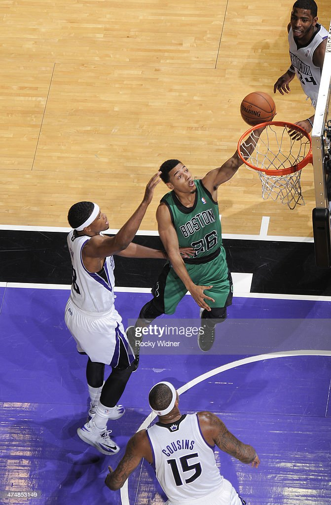 <a gi-track='captionPersonalityLinkClicked' href=/galleries/search?phrase=Phil+Pressey&family=editorial&specificpeople=7399881 ng-click='$event.stopPropagation()'>Phil Pressey</a> #26 of the Boston Celtics shoots a layup against the Sacramento Kings on February 22, 2014 at Sleep Train Arena in Sacramento, California.