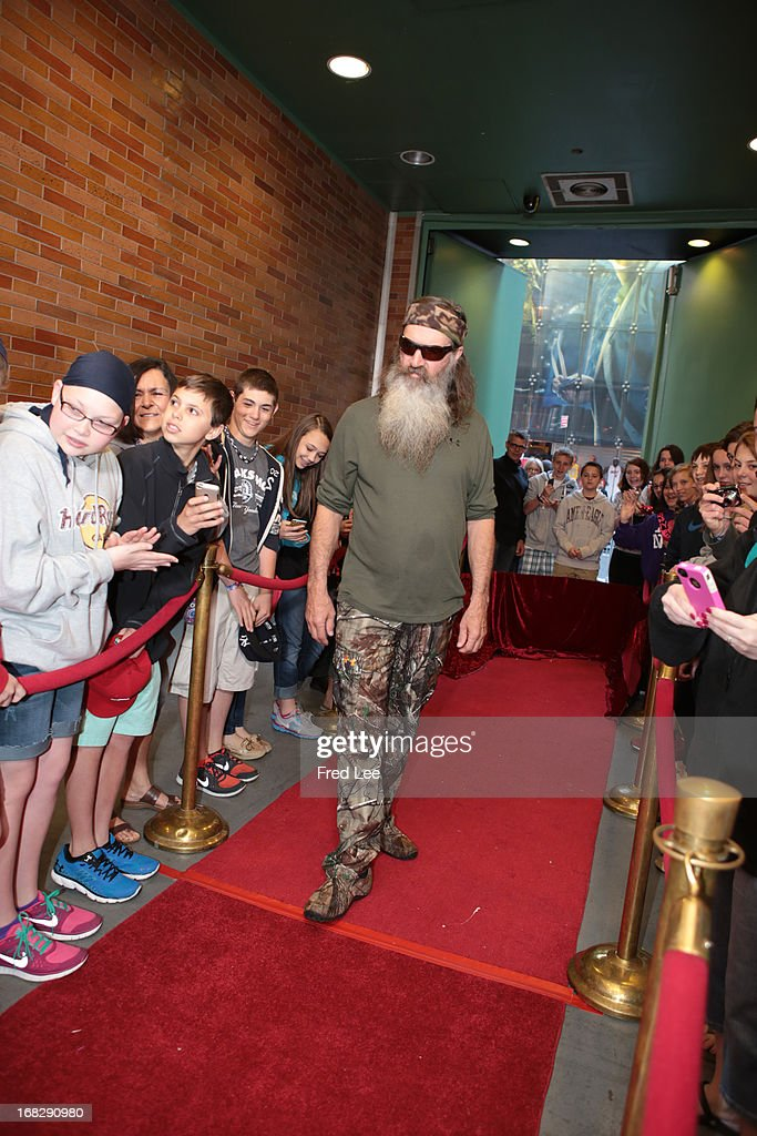 AMERICA - Phil Robertson of 'Duck Dynasty' is a guest on 'Good Morning America,' 5/7/13, airing on the ABC Television Network. (Photo by Fred Lee/ABC via Getty Images) PHIL
