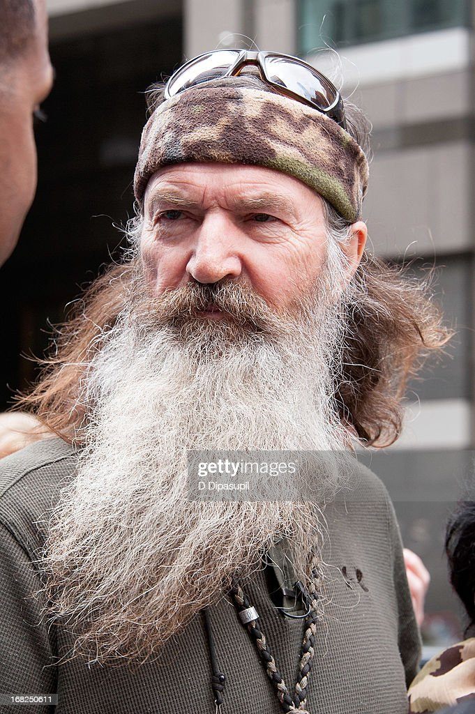 Phil Robertson visits 'Extra' in Times Square on May 7, 2013 in New York City.