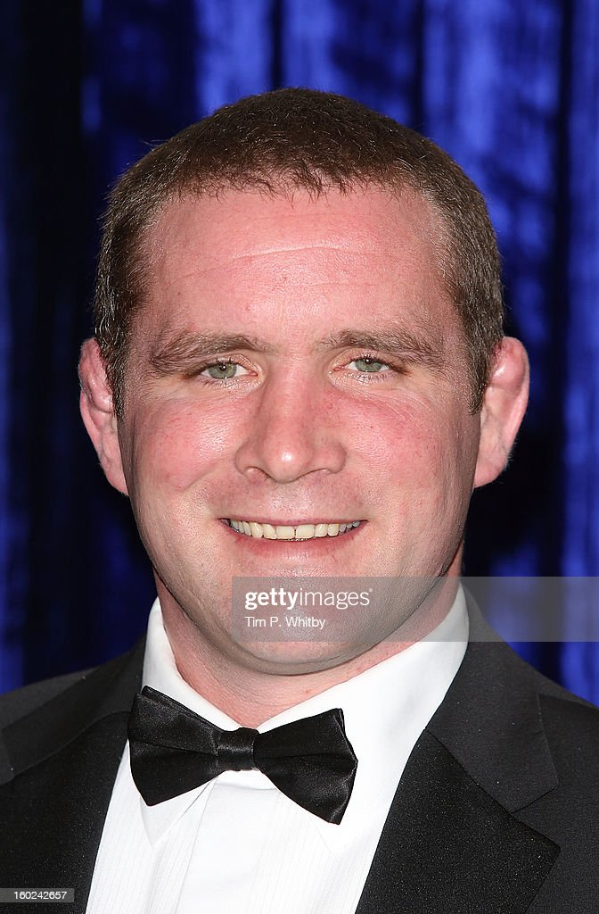 <a gi-track='captionPersonalityLinkClicked' href=/galleries/search?phrase=Phil+Vickery&family=editorial&specificpeople=217964 ng-click='$event.stopPropagation()'>Phil Vickery</a> attends the Retail Trust London Ball at Grosvenor House, on January 28, 2013 in London, England.