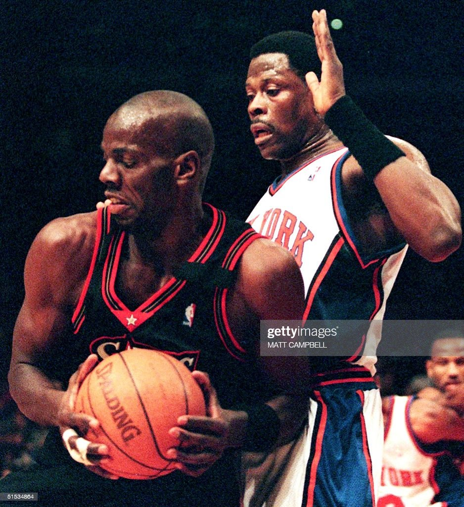 Philadelphia 76ers forward Tyrone Hill L tries