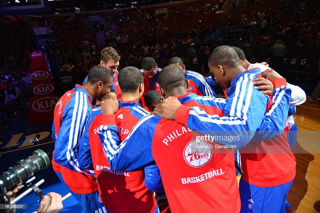 Philadelphia 76ers huddle up before the game against the Golden State Warriors at the Wells Fargo Center on November 4, 2013 in Philadelphia, Pennsylvania.