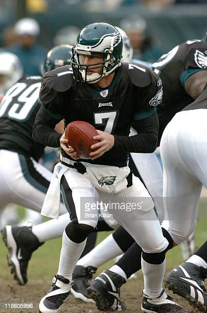 Philadelphia Eagles backup quarterback Jeff Garcia came into the game against the Tennessee Titans after starting quarterback Donovan McNabb left...