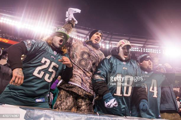 Philadelphia Eagles fans cheer on their team during a Wild Card Playoff Game between the Philadelphia Eagles and the New Orleans Saints at Lincoln...