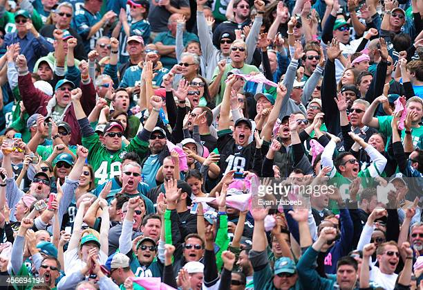 Philadelphia Eagles fans react after the Eagles scored a touchdown in the second quarter against the St Louis Rams on October 5 2014 at Lincoln...