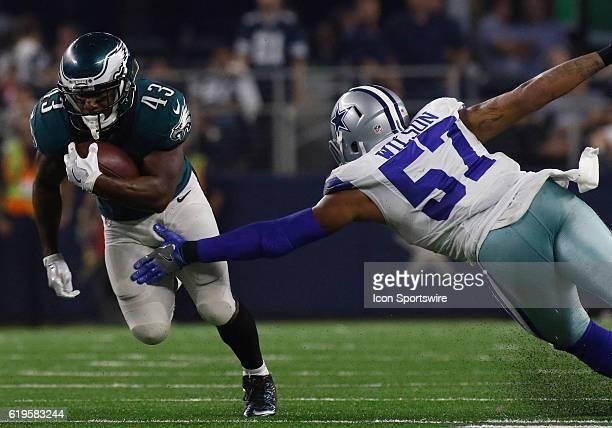 Philadelphia Eagles running back Darren Sproles runs by Dallas Cowboys inside linebacker Damien Wilson during a NFL game between the Dallas Cowboys...