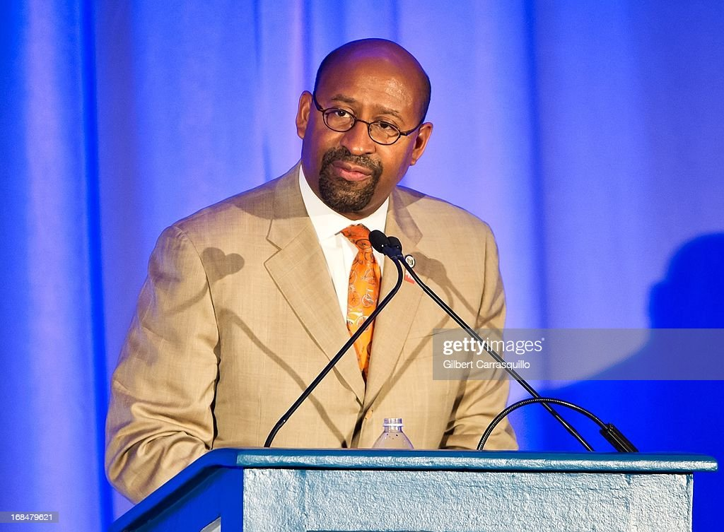 Philadelphia Mayor and president of the United States Conference of Mayors <a gi-track='captionPersonalityLinkClicked' href=/galleries/search?phrase=Michael+Nutter&family=editorial&specificpeople=4695146 ng-click='$event.stopPropagation()'>Michael Nutter</a> speaks at the 36th Annual Women's Way Powerful Voice Awards honoring Christy Turlington Burns at the Sheraton Philadelphia Downtown Hotel on May 9, 2013 in Philadelphia, Pennsylvania.