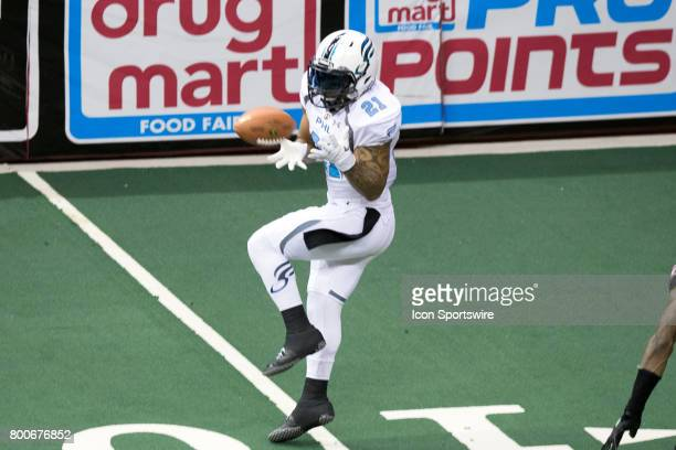 Philadelphia Soul WR Shaun Kauleinamoku makes a catch during the fourth quarter of the Arena Football League game between the Philadelphia Soul and...