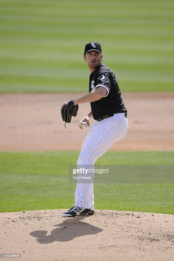<a gi-track='captionPersonalityLinkClicked' href=/galleries/search?phrase=Philip+Humber&family=editorial&specificpeople=836505 ng-click='$event.stopPropagation()'>Philip Humber</a> #41 of the Chicago White Sox pitches against the Los Angeles Dodgers on March 5, 2012 at The Ballpark at Camelback Ranch in Glendale, Arizona. The Dodgers defeated the White Sox 6-4.