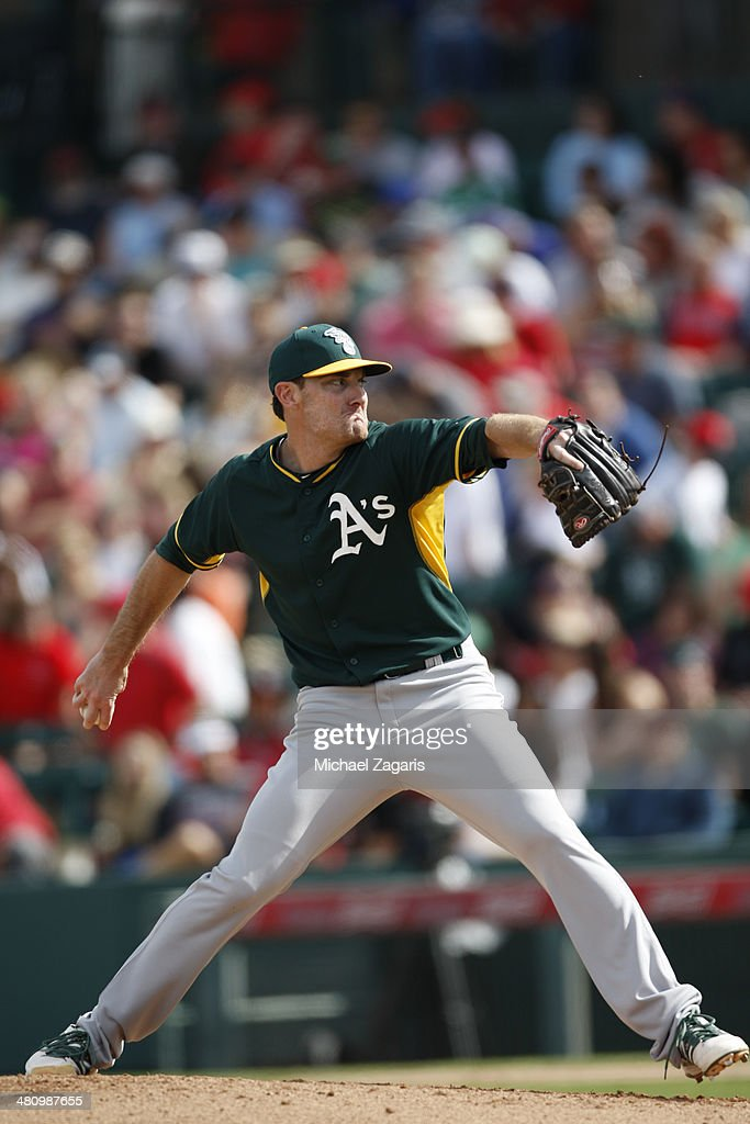 <a gi-track='captionPersonalityLinkClicked' href=/galleries/search?phrase=Philip+Humber&family=editorial&specificpeople=836505 ng-click='$event.stopPropagation()'>Philip Humber</a> #47 of the Oakland Athletics pitches during a spring training game against the Los Angeles Angels of Anaheim at Tempe Diablo Stadium on March 2, 2014 in Tempe, Arizona.
