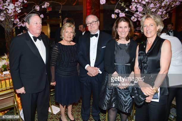 Philip Warner Susan Warner Harold Bland Katie Kenzie and Mika Bland attend LHNH honours Geoffrey Bradfield and John Manice at Cipriani 42nd Street on...