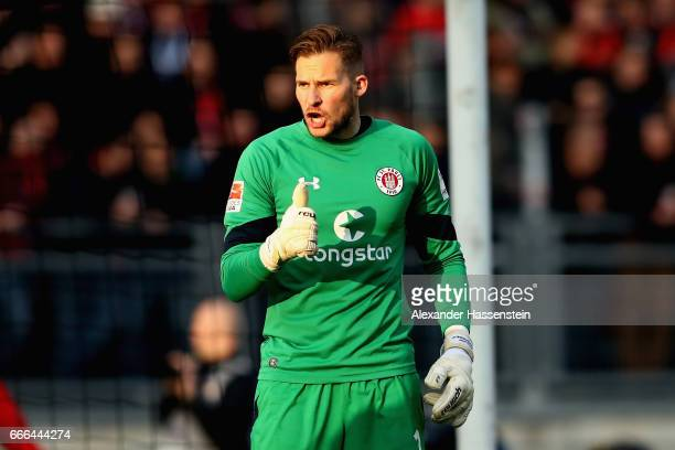 Philipp Heerwagen of St Pauli reacts during the Second Bundesliga match between 1 FC Nuernberg and FC St Pauli at Arena Nuernberg on April 7 2017 in...