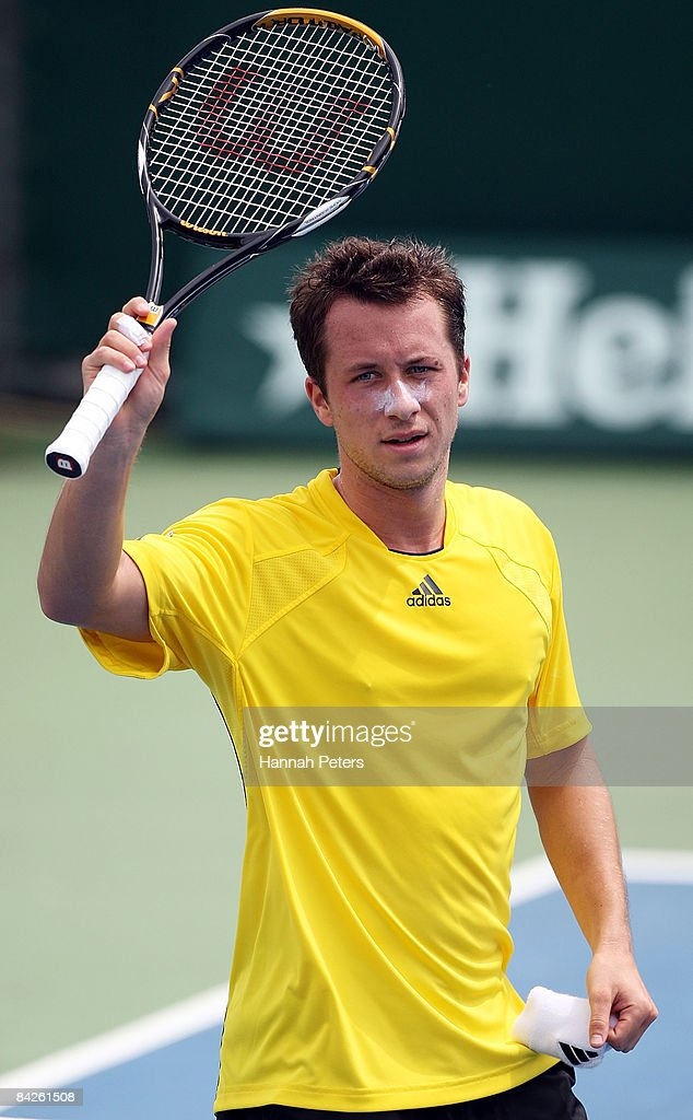 Philipp Kohlschreiber of Germany thanks the crowd after winning his match against Dominik Hrbaty of Slovakia during day two of the Heineken Open at ASB Tennis Centre on January 13, 2009 in Auckland, New Zealand.