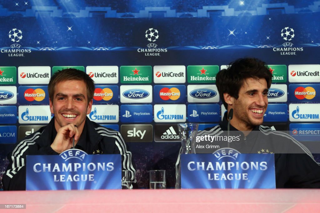 <a gi-track='captionPersonalityLinkClicked' href=/galleries/search?phrase=Philipp+Lahm&family=editorial&specificpeople=483746 ng-click='$event.stopPropagation()'>Philipp Lahm</a> (L) and Javier Martinez smile during a Bayern Muenchen press conference ahead of their UEFA Champions League Semi Final first leg match against FC Barcelona on April 22, 2013 in Munich, Germany.