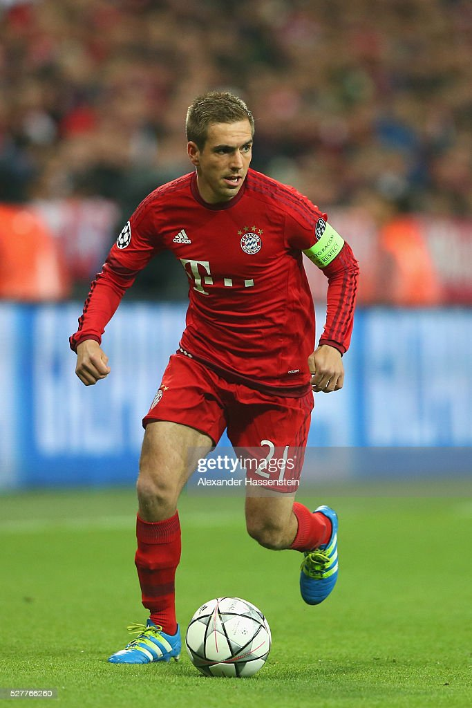 <a gi-track='captionPersonalityLinkClicked' href=/galleries/search?phrase=Philipp+Lahm&family=editorial&specificpeople=483746 ng-click='$event.stopPropagation()'>Philipp Lahm</a> of Bayern Muenchen runs with the ball during the UEFA Champions League semi final second leg match between FC Bayern Muenchen and Club Atletico de Madrid at Allianz Arena on May 3, 2016 in Munich, Germany.