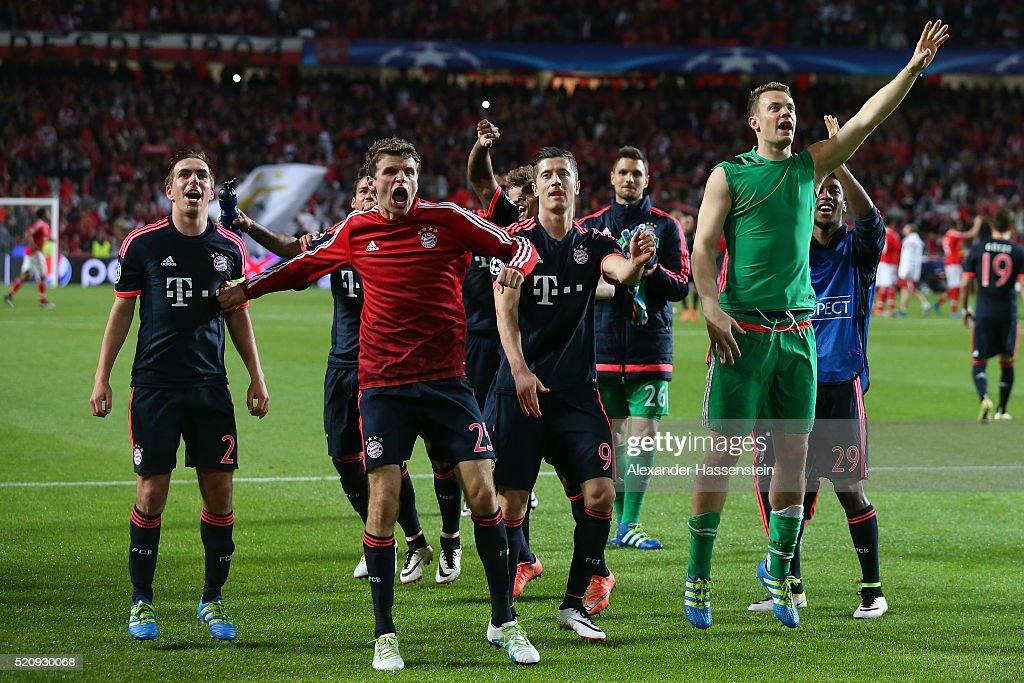 Philipp Lahm Thomas Mueller Robert Lewandowski and Manuel Neuer of Bayern Muenchen celebrate victory after the UEFA Champions League quarter final...