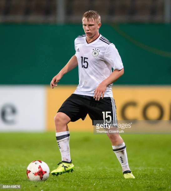 Philipp Ochs of Germany plays the ball during the UEFA Under21 Euro 2019 Qualifier match between U21 of Germany and U21 of Azerbaijan at Stadion der...