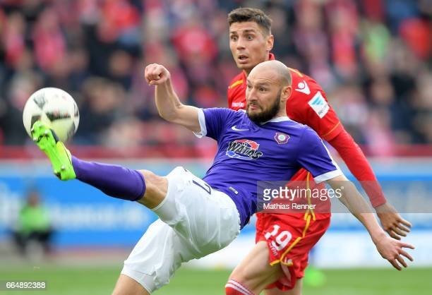 Philipp Riese of Erzgebirge Aue and Damir Kreilach of 1 FC Union Berlin during the Second Bundesliga match between Union Berlin and Erzgebirge Aue on...