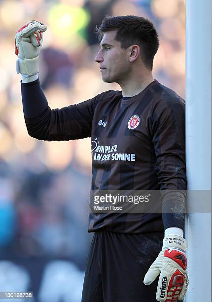 Philipp Tschauner goalkeeper of StPauli gives instructions during the Second Bundesliga match between FC St Pauli and FSV Frankfurt at Millerntor...