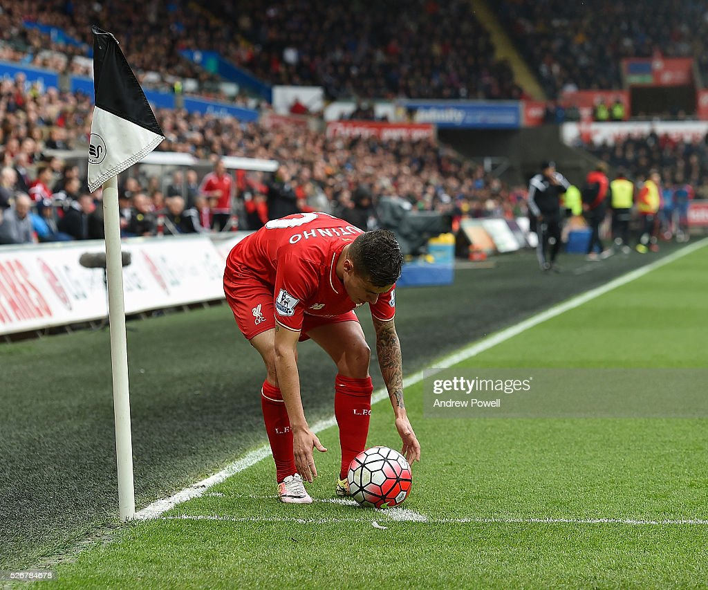 <a gi-track='captionPersonalityLinkClicked' href=/galleries/search?phrase=Philippe+Coutinho&family=editorial&specificpeople=6735575 ng-click='$event.stopPropagation()'>Philippe Coutinho</a> of Liverpool during a Premier League match between Swansea City and Liverpool at the Liberty Stadium on May 01, 2016 in Swansea, Wales.