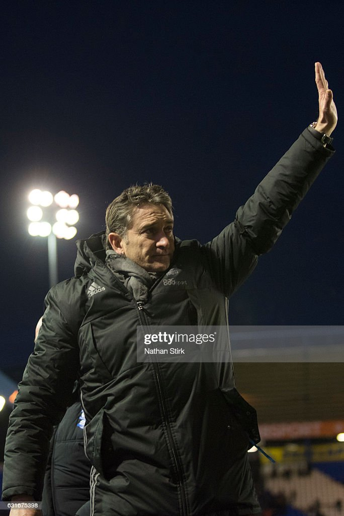 Philippe Montanier manager of Nottingham Forest waves to the fans after the Sky Bet Championship match between Birmingham City and Nottingham Forest at St Andrews Stadium on January 14, 2017 in Birmingham, England (Photo by Nathan Stirk/Getty Images).