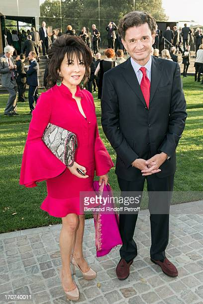 Philippe Seyres and Linda Davis attend the dinner of Conseil des Grand Crus Classes of 1855 hosted by Chateau Mouton Rothschild on June 16 2013 in...