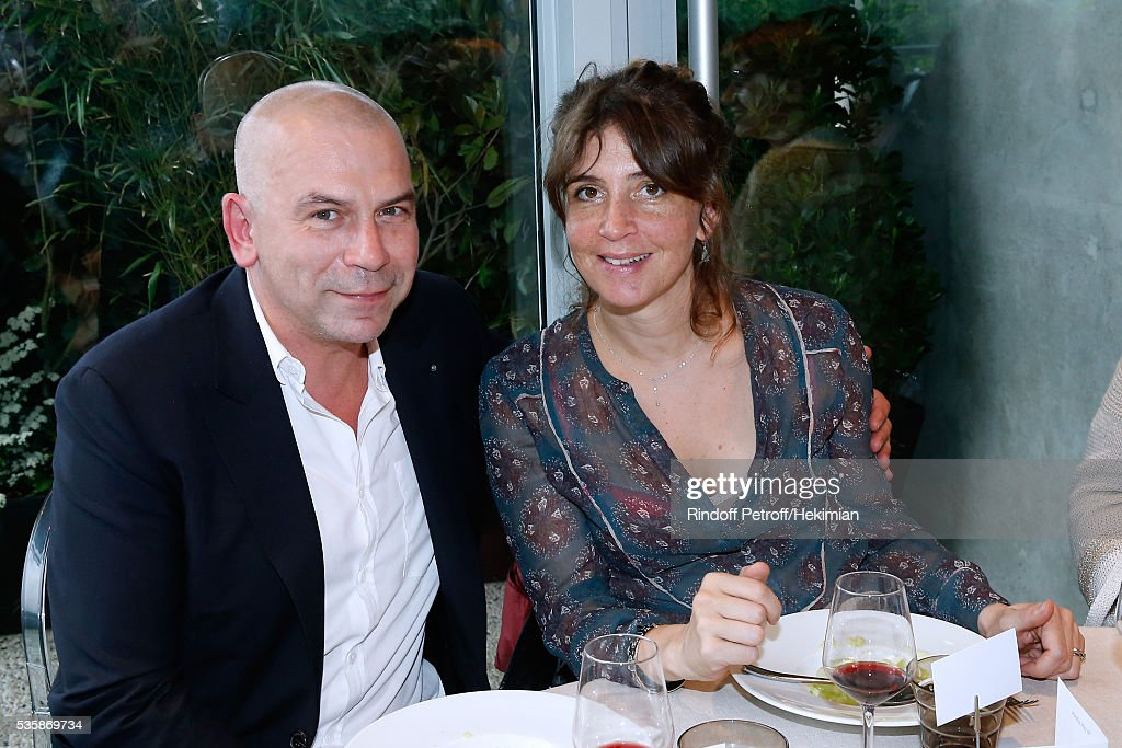 <a gi-track='captionPersonalityLinkClicked' href=/galleries/search?phrase=Philippe+Torreton&family=editorial&specificpeople=242928 ng-click='$event.stopPropagation()'>Philippe Torreton</a> and his wife Elsa Boublil attend the 'France Television' Lunch during Day Nine of the 2016 French Tennis Open at Roland Garros on May 30, 2016 in Paris, France.