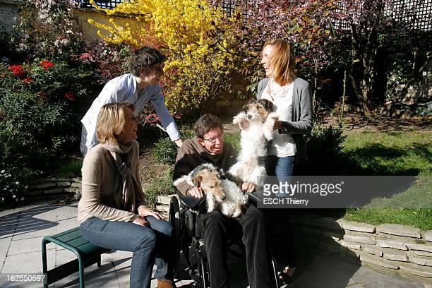 Philippe Vigand Suffering From LockedIn Syndrome In Lesson Of Life En 1990 à 33 ans Philippe VIGAND fait un malaise Après un mois et demi de coma il...