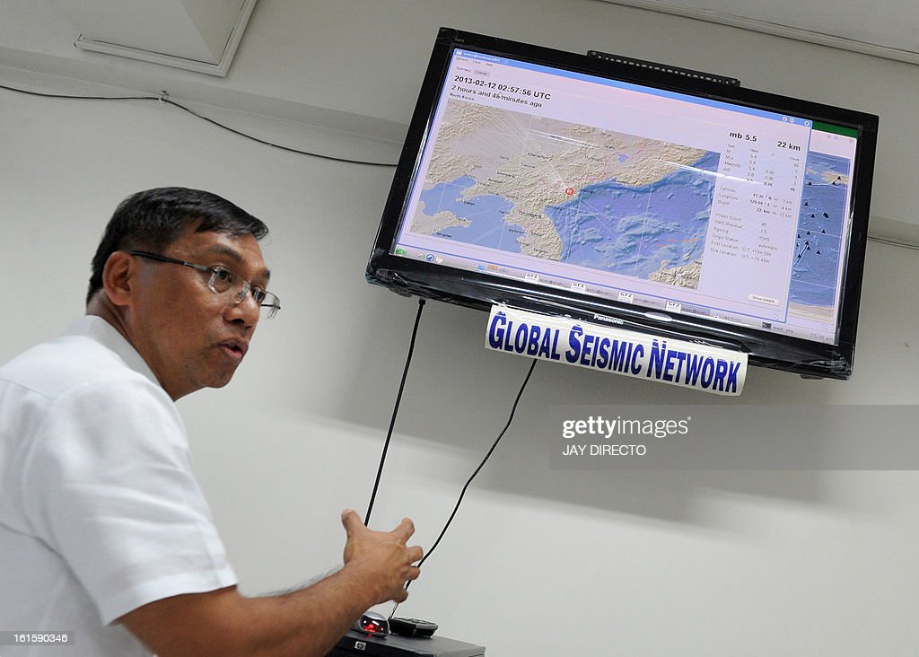 Philippine Institute of Volcanology and Seismology-Department of Science and Technology (Phivolcs-DOST) Director, Renato Solidum, gestures as they monitor a seismic activity originating from North Korea, at a monitoring office in Quezon City suburban of Manila on February 12, 2013. A defiant North Korea on Tuesday staged its most powerful nuclear test yet and warned of 'stronger' action to follow if the ensuing wave of global condemnation translated into tougher sanctions. AFP PHOTO / Jay DIRECTO